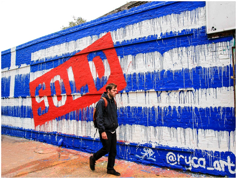 http://gegonotstomikroskpio.com/wp-content/uploads/2016/02/Greece_SOLD_Griechenland_Athen_Athens_austerity_KKE_Kommunistische_Partei_Dimitris_Koutsoumbas_Syriza_Troika_IWF_IMF_Austeritaet_Eurokrise_EZB_Alexis_Tsipras_.jpg