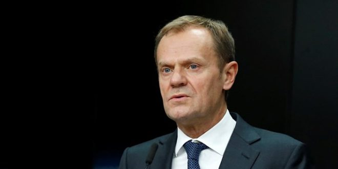 Guardian: Κατάργηση της υποχρεωτικής υποδοχής προσφύγων από χώρες της Ε.Ε. θα προτείνει ο Τουσκ